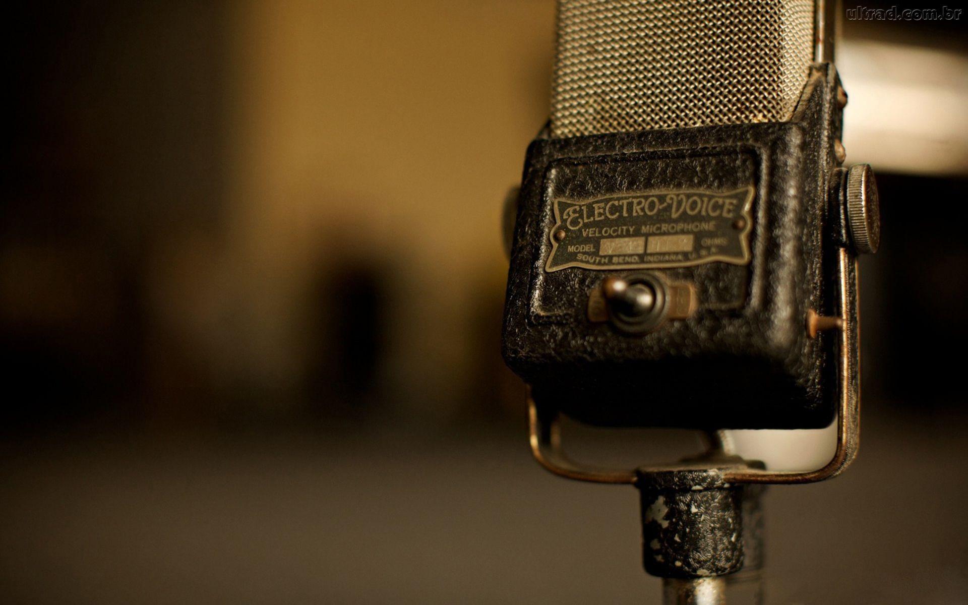 276446_Papel-de-Parede-Retro-Microfone-Antigo_1920x1200