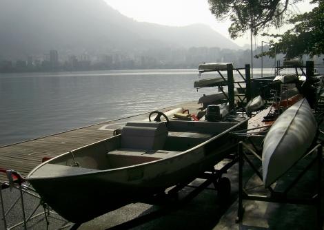 A Lagoa Rodrigo de Freitas é a atual casa do remo carioca.