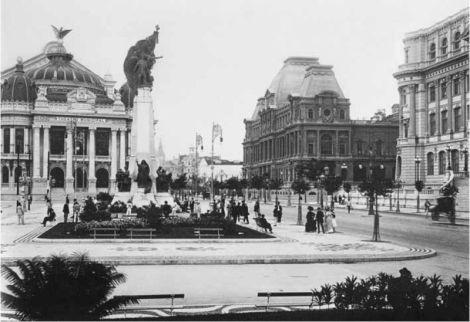 Avenida Central no Rio de Janeiro, 1912.