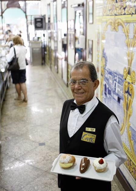 Wilson Ramos, o mais antigo garçom da Cavé.