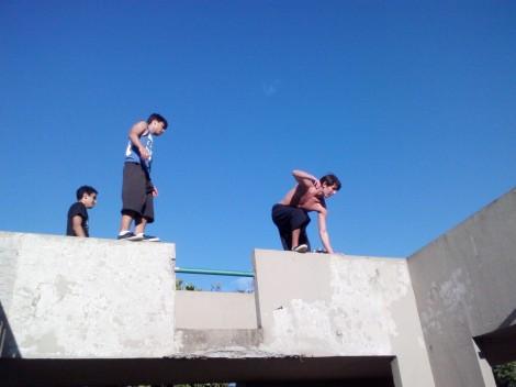 Junto com alguns amigos, Leandro criou a Escher Parkour para divulgar o esporte (Foto: Gabriel Oliveira)