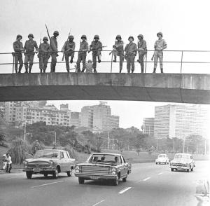 Ditadura no Brasil, Rio, 1968. (Foto: Evandro Teixeira)
