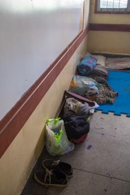 Pertences de alunos ocupando o Col. Pinto Lima